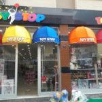 çocuk giyim mağaza dekorasyonu